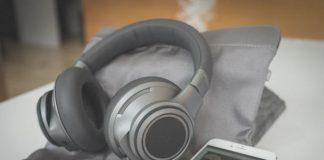 BackBeat , plantronics, tai nghe, bluetooth, tintucaudio