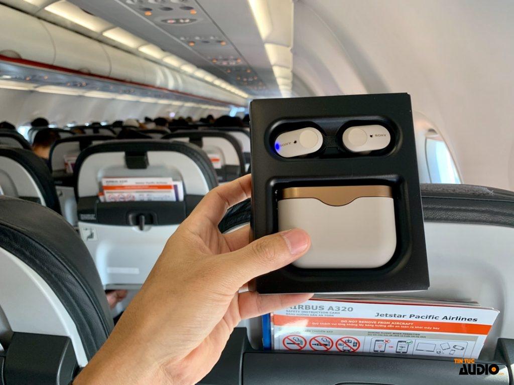 Trên tay true wireless chống ồn WF-1000XM3